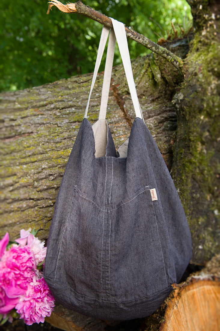 "Linen grey two-sided bag. Manufacturer: AB ""Siulas"""